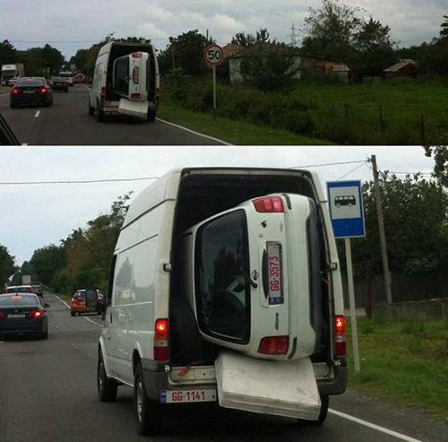 충격적인 차량 운송 방법