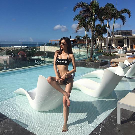 아찔한 몸매 뽐낸 비키니모델