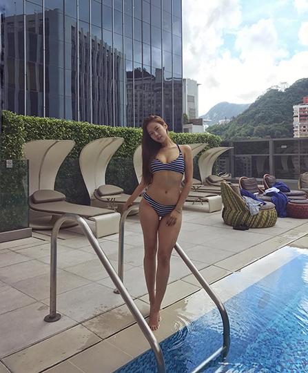 홍콩 사로잡은 무결점 몸매 모델
