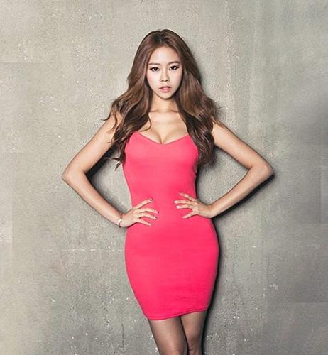 김주희, 역대급 S라인 몸매 과시