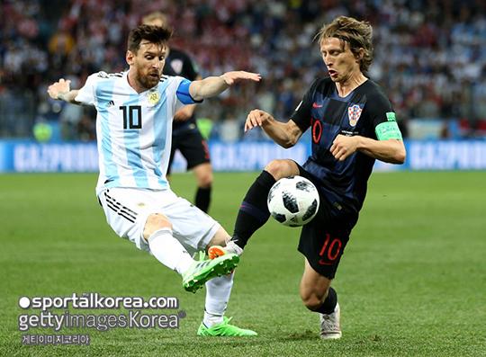 [D조 전반종료] '수비 불안' 아르헨티나, 크로아티아와 0-0 팽팽한 접전