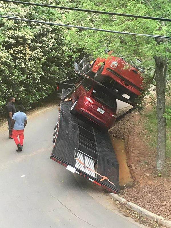 차량 운반 중 대형 사고