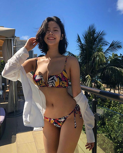 역대급 비키니 몸매 뽐낸 모델
