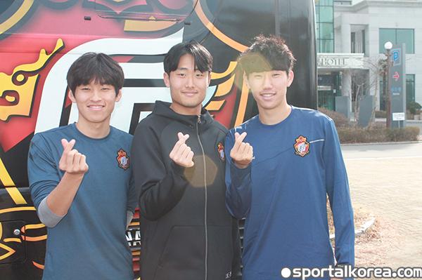 왼쪽부터 이형석-강신우-김형원